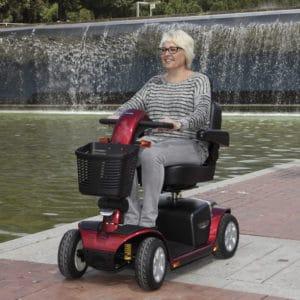 scooter-compacto-de-gran-autonomia-victory-lux-01
