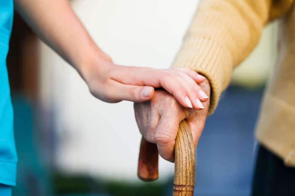 Favorecer el desarrollo de la autonomía de las personas mayores