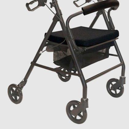 andador-geriaátrico-4-ruedas-freno-maneta-003