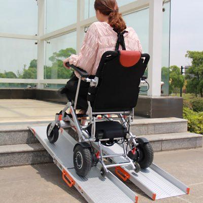 Rampas de aluminio telescópicas para sillas de ruedas y scooters personas dependientes